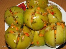 Квашеные фаршированные зелёные помидоры