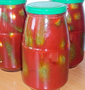 Огурцы в томатном соку